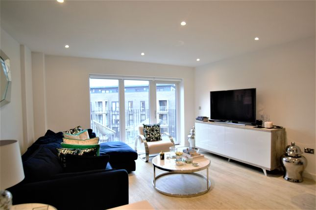 Thumbnail Flat to rent in Howard Road, Stanmore