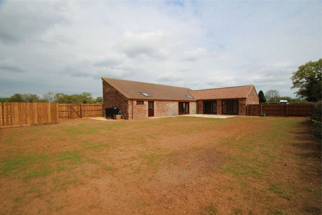 Thumbnail Barn conversion to rent in Dyers Lane, Iron Acton, South Gloucestershire