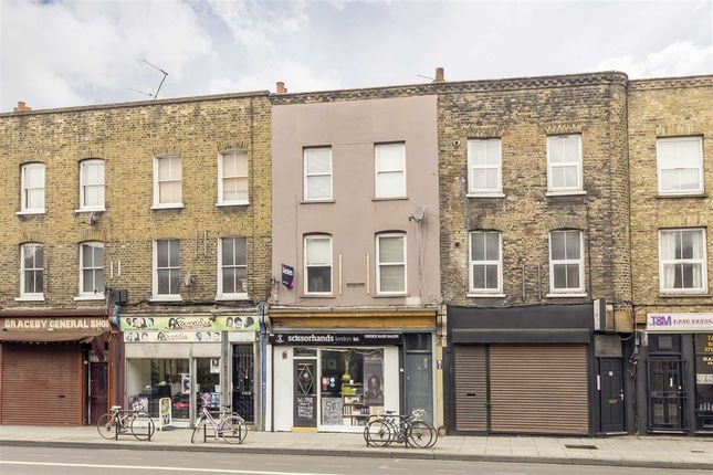 Thumbnail Flat for sale in Kingsland Road, London