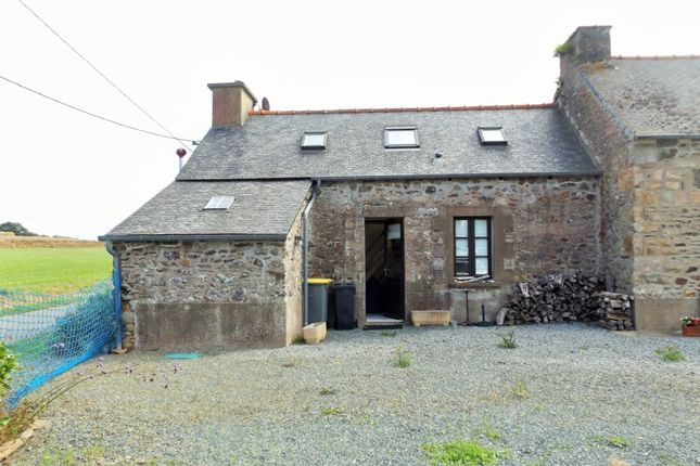 Thumbnail Detached house for sale in 22260 Ploëzal, Côtes-D'armor, Brittany, France
