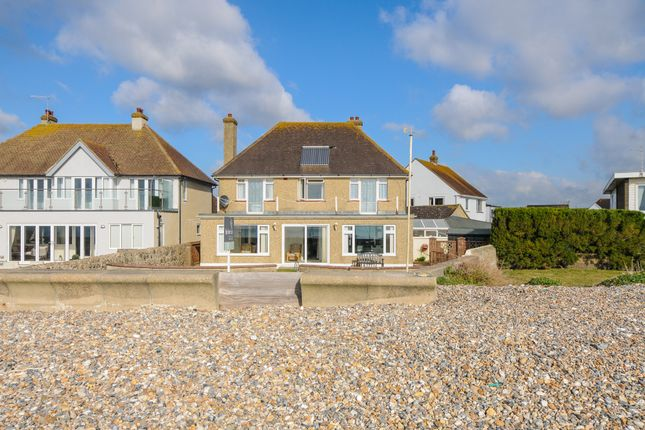 Thumbnail Detached house for sale in Southdean Close, Middleton-On-Sea