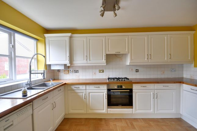 Thumbnail Town house to rent in Byewaters, Watford, Hertfordshire