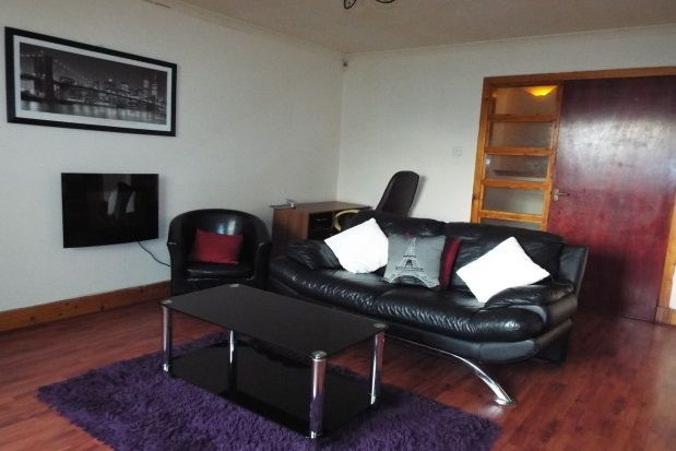 Thumbnail Flat to rent in Lenzie Place, Springburn