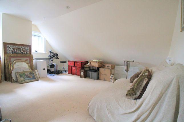 Bedroom 3 of Kings Barn Villas, Steyning BN44