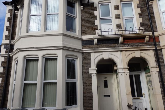 Flat to rent in Allensbank Road, Cardiff