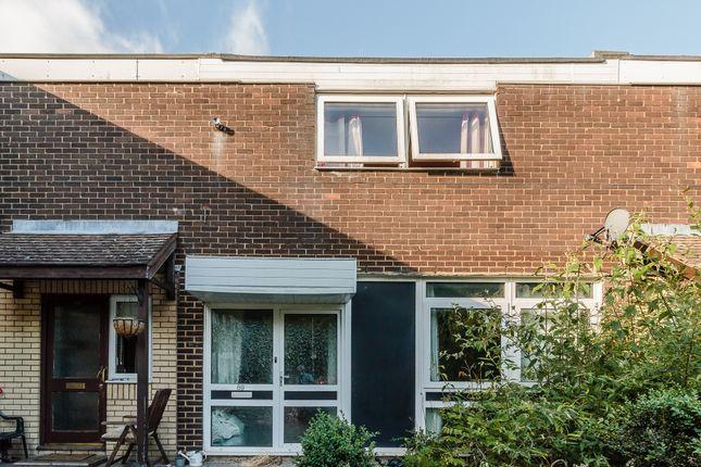 Thumbnail Terraced house for sale in Kingsley Road, Farnborough