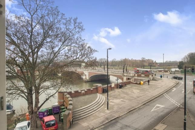 Thumbnail Flat for sale in 1 Bridge Road, East Molesey, Surrey