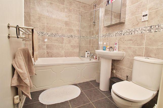 Bathroom of Odette Court, Station Road, Borehamwood WD6