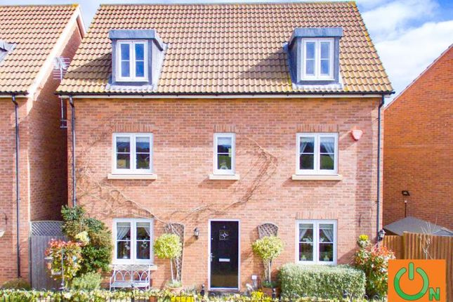 Thumbnail Detached house for sale in Victoria Road, Ongar, Essex