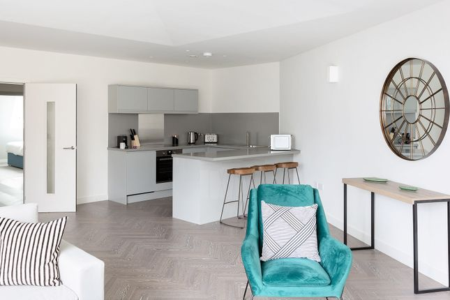 Thumbnail Flat to rent in Bath Street, London