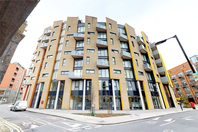 Picture No. 20 of Arc House, London SE1