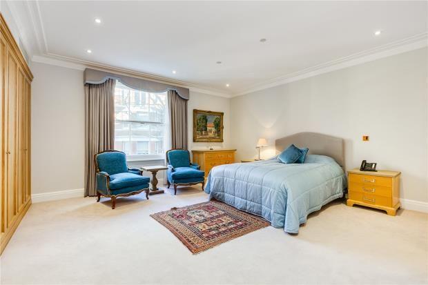 Bedroom of Cheniston Gardens, Kensington, London W8
