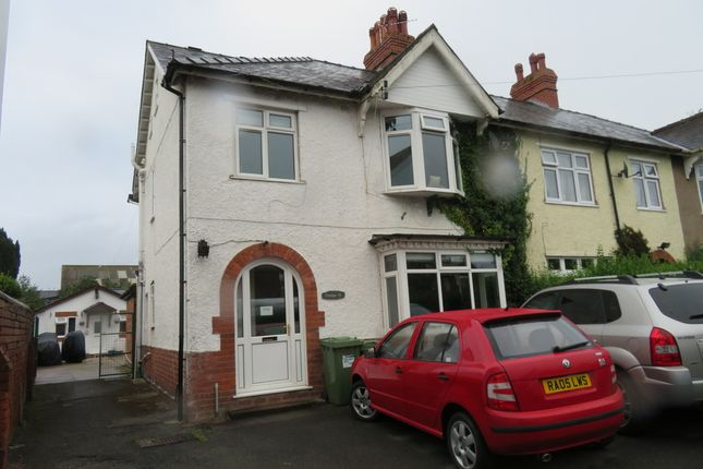 Thumbnail Semi-detached house to rent in Barton Road, Hereford