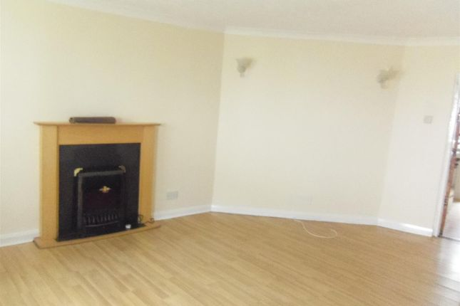 Thumbnail Terraced house to rent in Castle Street, Tiverton