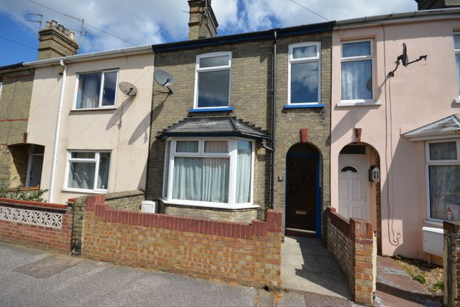 Thumbnail Terraced house to rent in Salisbury Road, Lowestoft, Suffolk