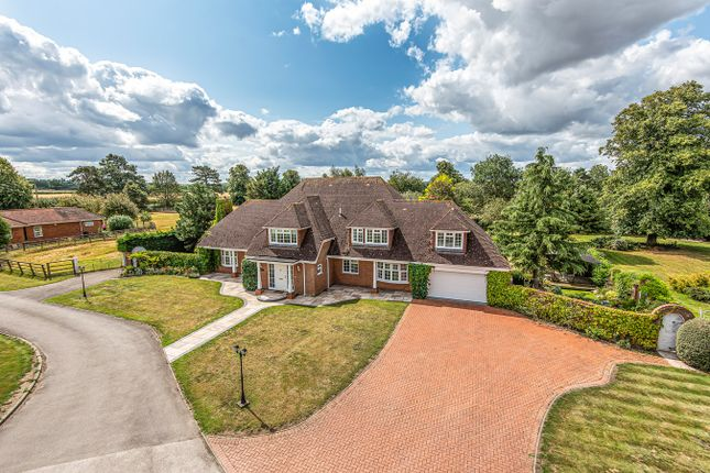 Thumbnail Detached house for sale in Park Road, Westoning
