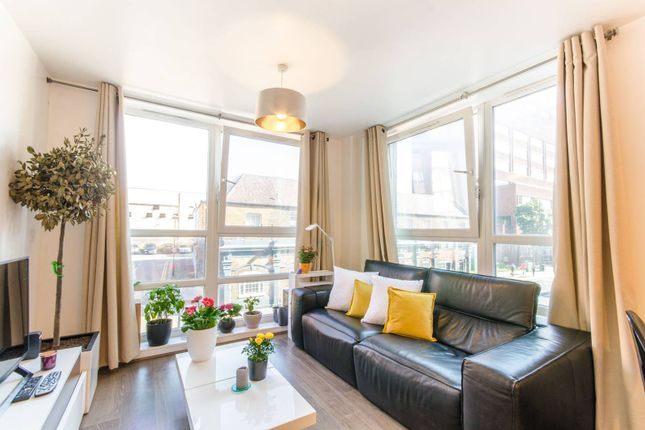 Thumbnail Flat for sale in Station Road, Wood Green