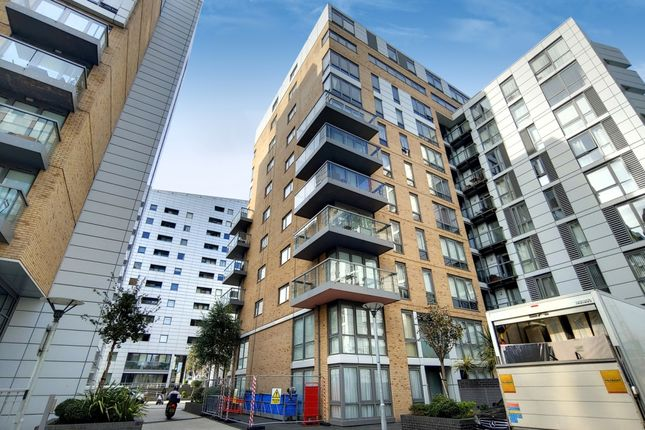 0_Exterior-2 of Dowells Street, London SE10