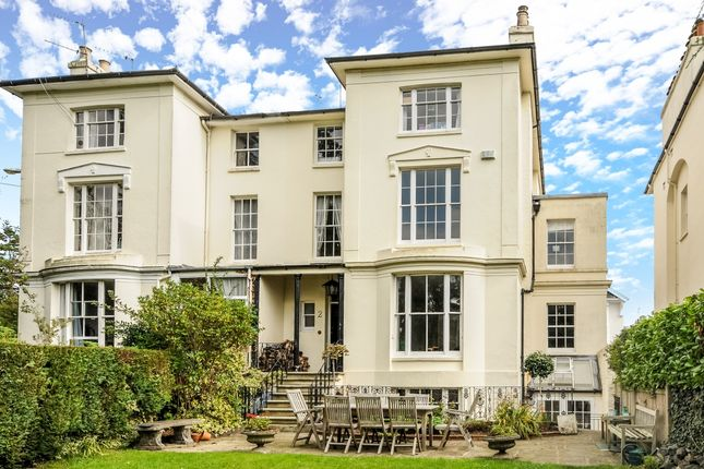 Thumbnail Town house to rent in Grove Hill Gardens, Tunbridge Wells