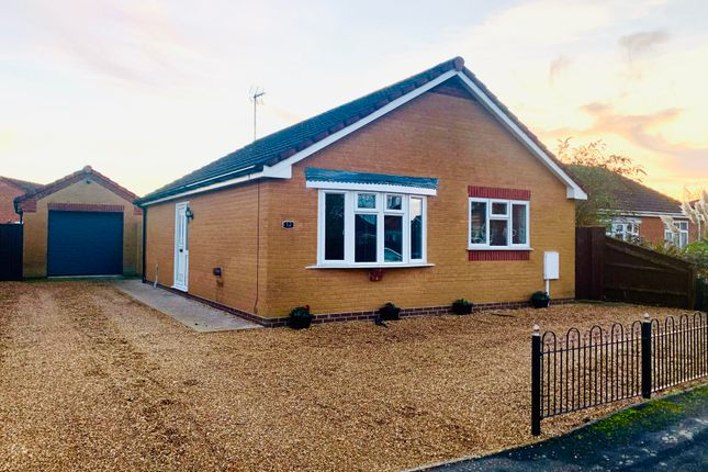 2 bed bungalow to rent in The Sidings, Long Sutton, Spalding PE12