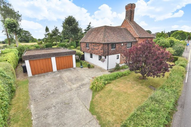 Thumbnail Detached house for sale in The Street, Kennington, Ashford