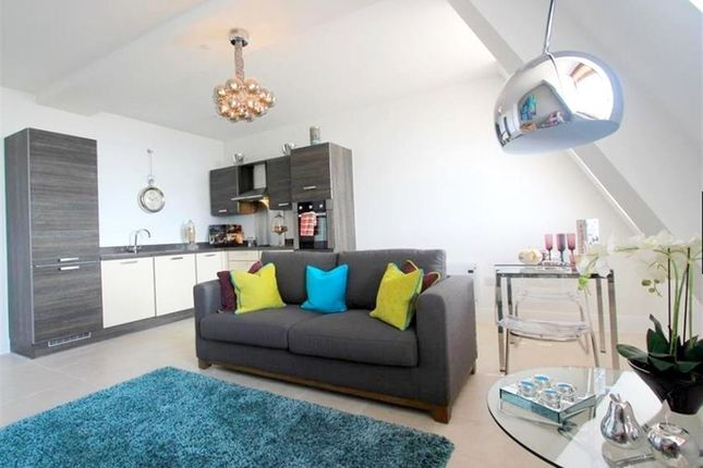 Thumbnail Flat to rent in Empire House, Mount Stuart Square, Cardiff Bay