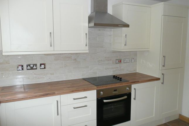 Thumbnail Flat to rent in Gable Crest, Stibbs Hill, Bristol