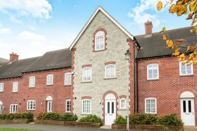 Thumbnail Town house to rent in Badger Walk, Shaftesbury
