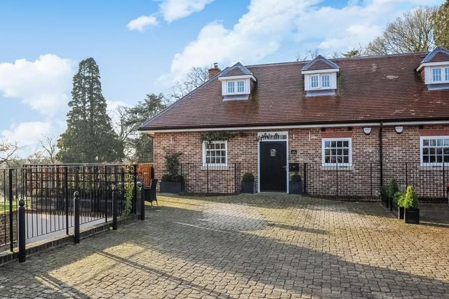 4 bed property to rent in Breakspear Road North, Harefield, Uxbridge