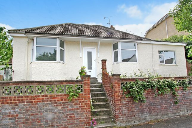 Thumbnail Bungalow to rent in Priory Hill, Dartford