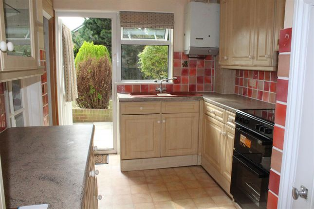 Thumbnail Property to rent in Sharpecroft, Harlow