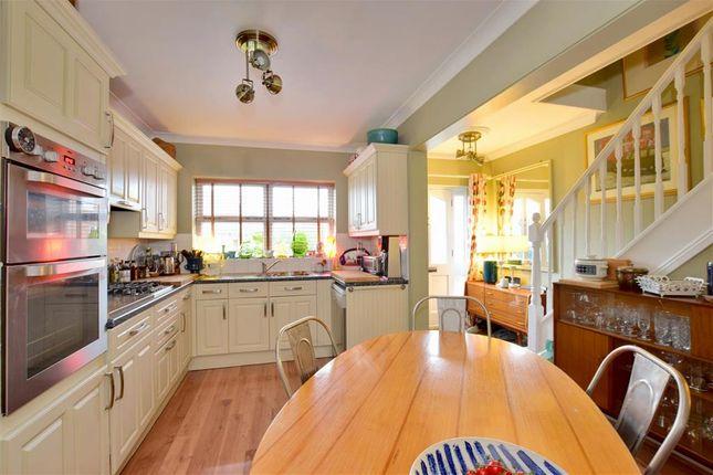 Thumbnail Detached house for sale in Vale Avenue, Southborough, Tunbridge Wells, Kent