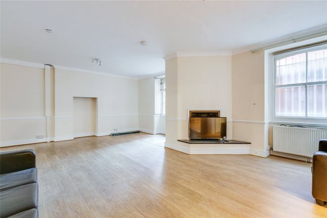 Thumbnail Flat to rent in Windsor Court, Moscow Road, London