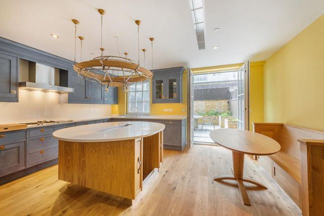 Thumbnail Town house to rent in Admiral Square, Chelsea Harbour, London