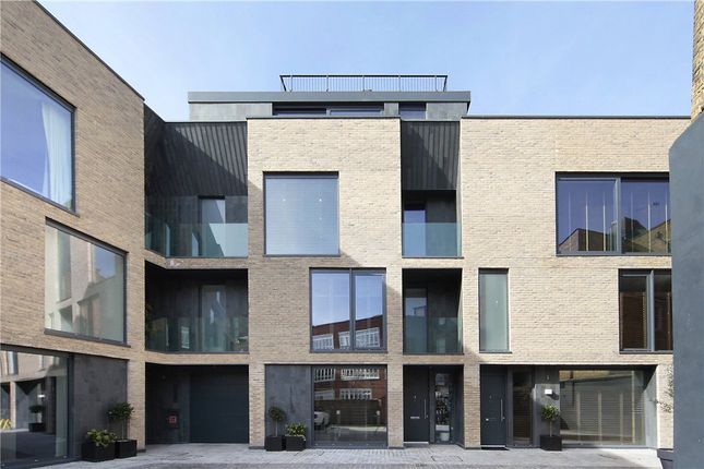 Thumbnail Property for sale in Battersea Square Mews, 30-32 Battersea Square, Battersea Park, London