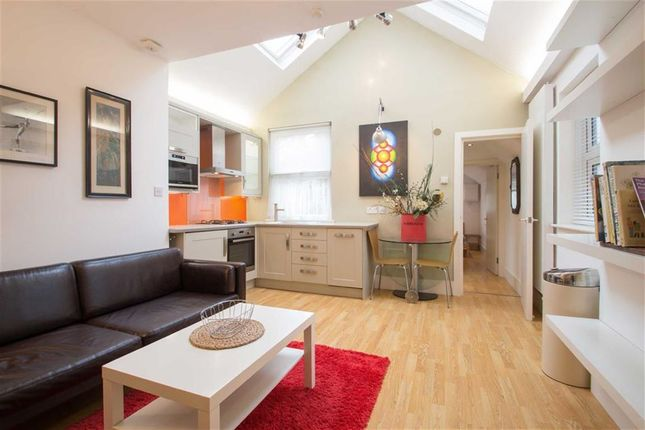 Flat to rent in St Pauls Ave, Willesden Green, London