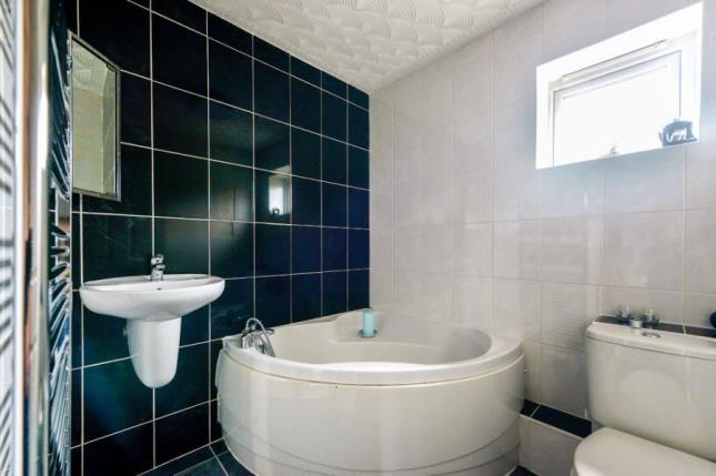 Picture No.12 of Cline Court, Crownhill, Milton Keynes MK8