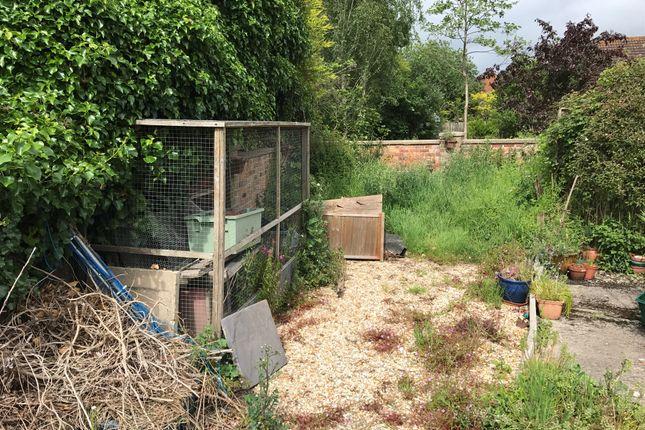 Garden of Radnor Court, Longcot, Faringdon SN7