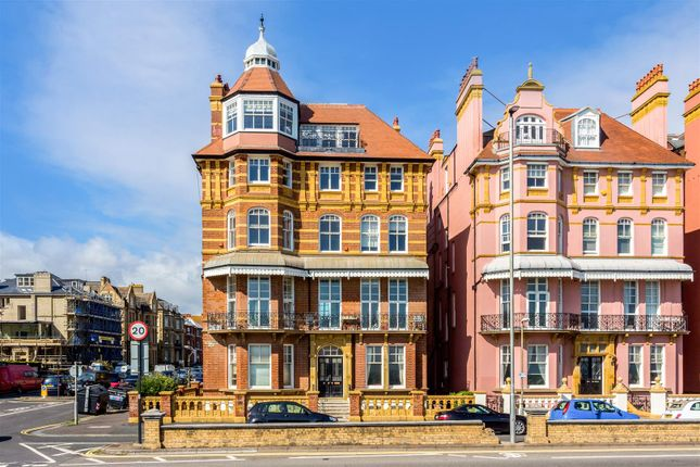 Thumbnail Property for sale in Kings Gardens, Hove