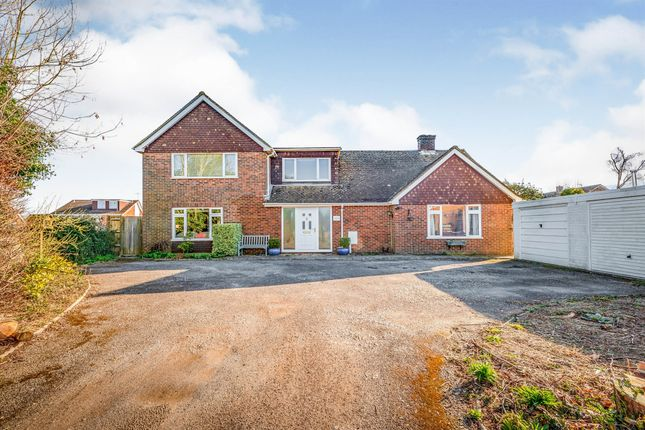 Thumbnail Detached house for sale in Kiln Close, Crawley Down, Crawley