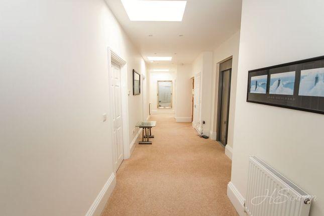 Thumbnail Flat for sale in Braddons Hill Road East, Torquay