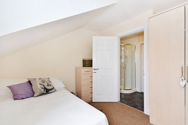 Thumbnail Terraced house to rent in Clough Road, Sheffield