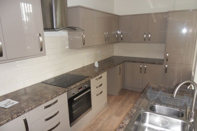 1 bed flat to rent in Leeds Road, Outwood
