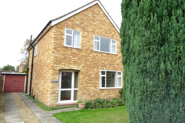 Thumbnail Detached house for sale in Cobs Way, New Haw