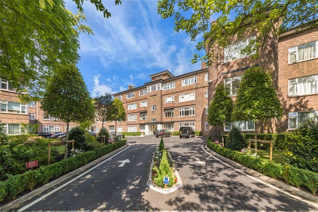 Thumbnail Flat for sale in Avenue Close, Avenue Road, London