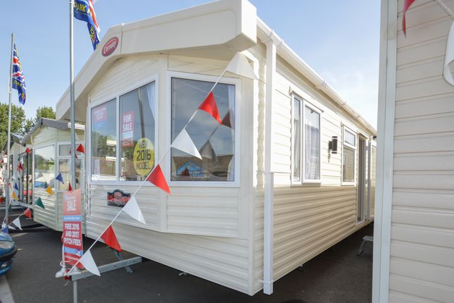 Felixstowe Beach Holiday Park, Walton Avenue, Felixstowe, Suffolk IP11