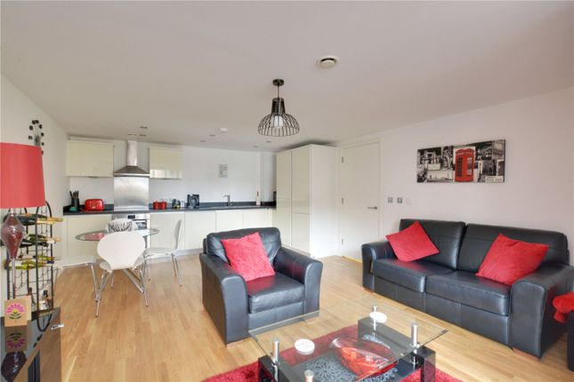 Lounge/Kitchen of St James House, 52 Blackheath Hill, London SE10