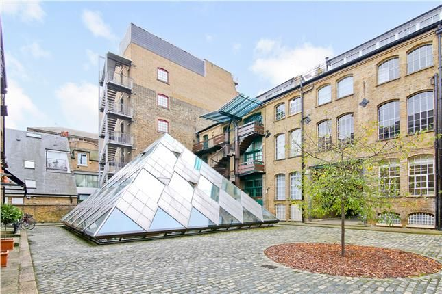 Thumbnail Office to let in The Pyramid Building, 31 Queen Elizabeth Street, London