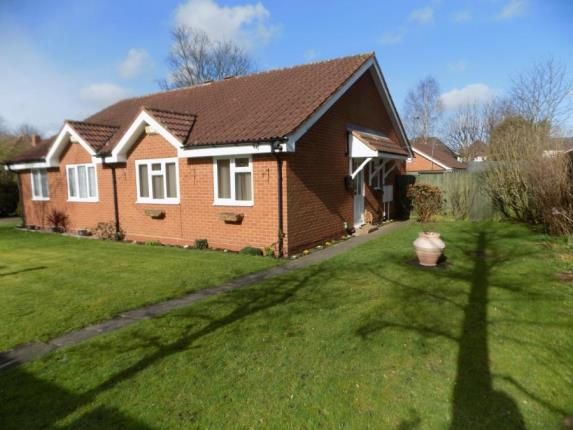 2 bed bungalow for sale in Sunningdale Close, Sutton Coldfield, West Midlands
