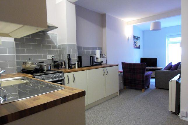 2 Bed Flat To Rent In 109 High Street Bangor Gwynedd Ll57 Zoopla